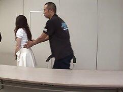 短い髪のタイツを持つ女の子は、男が彼の口の中で兼ますコックを吸う 女子 プロ エロ 動画